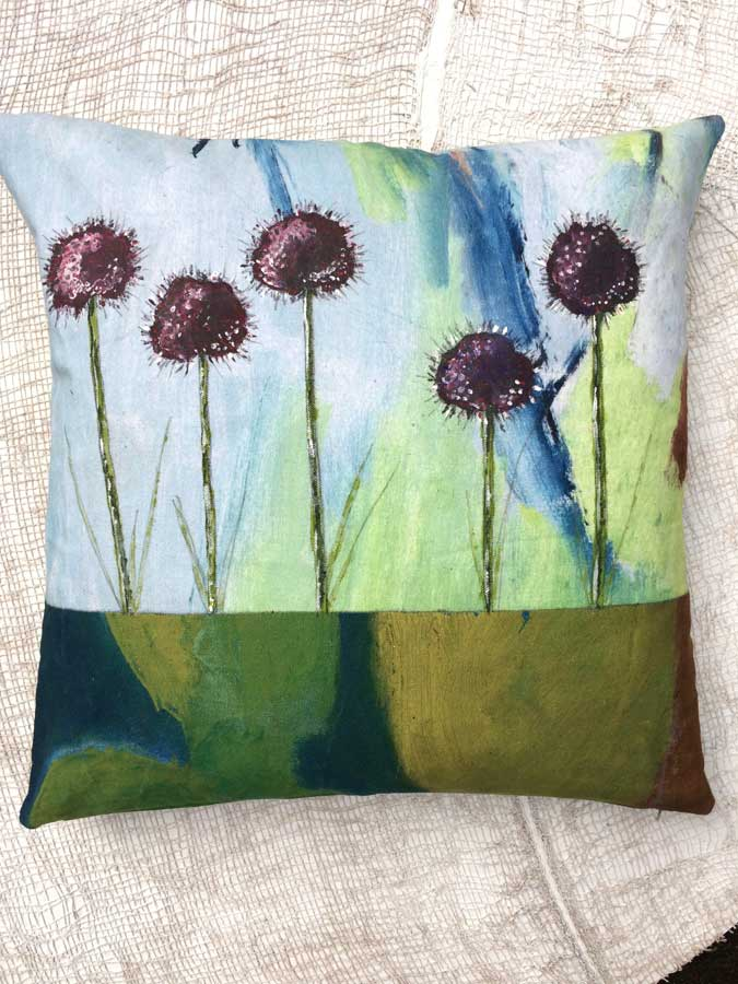 leslie oschmann swarmhome pillows